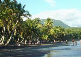 Beauté sauvage des plages de la Basse-Terre, Trois Rivières