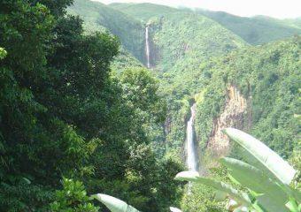 Vue sur les Chutes du Carbet 1 et 2, Capesterre, Guadeloupe