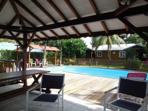 Lamateliane rentals with swimming pool and carbet